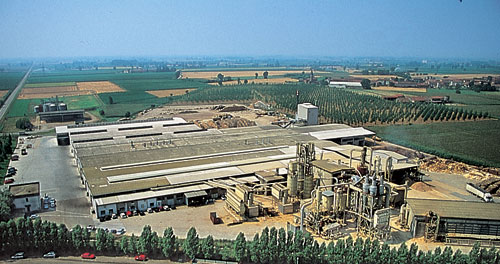 The factory is situated in Solarolo Rainerio (Cremona)